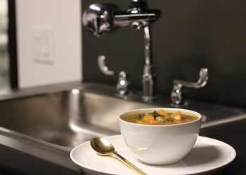 Recipe White Bean Soup with Spicy Chorizo