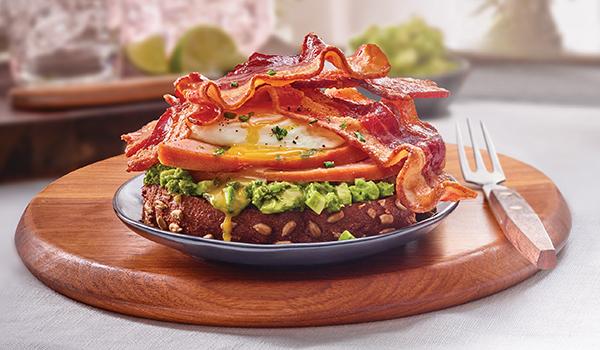 422 Recipe Breakfast Avocado Toast with Bacon and Ham
