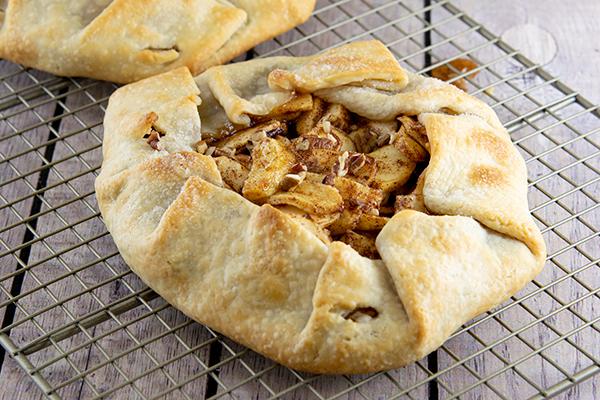 962 Recipe Cinnamon-Apple Crostata