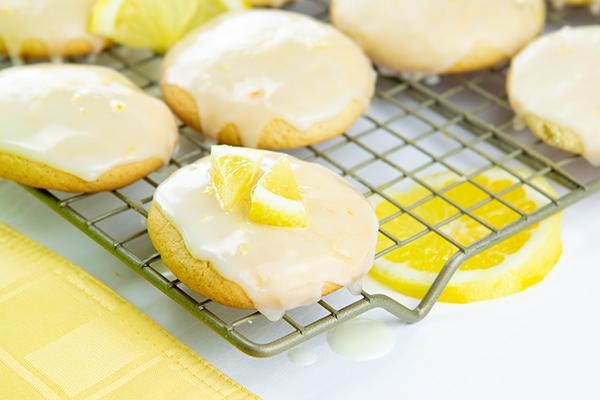 1350 Recipe Glazed Lemon Cookies